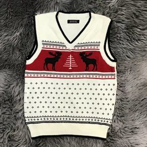 Unbranded   Boy's Sweater Vest   Christmas Theme   White, Red & Black